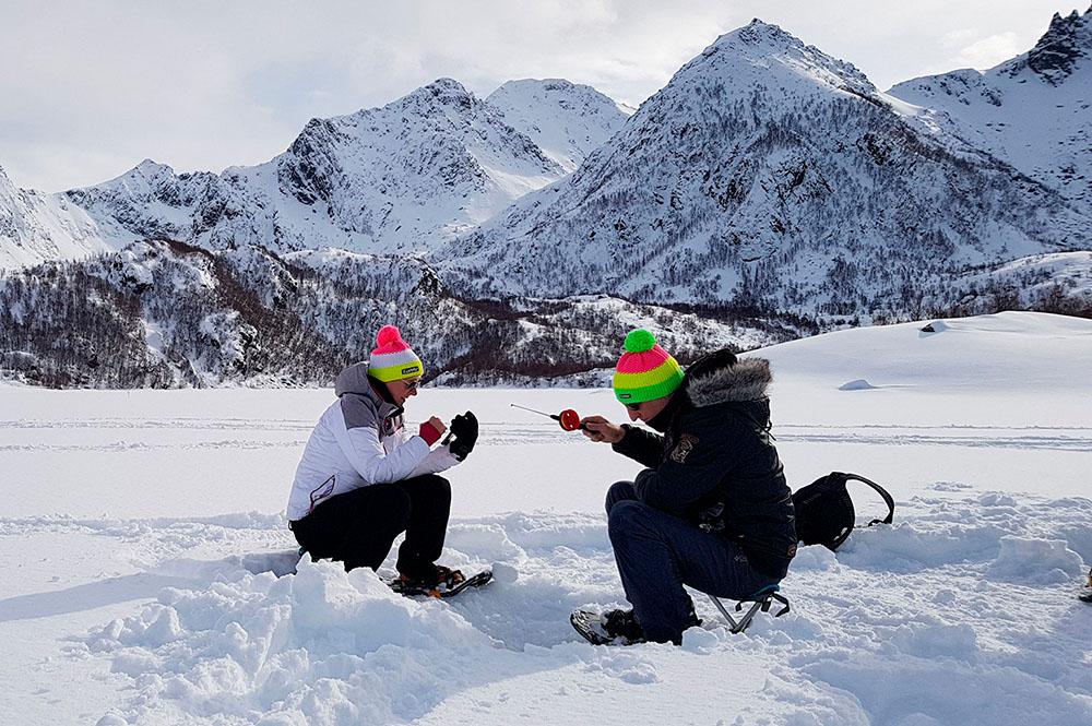 Ice fishing experience in Vesterålen